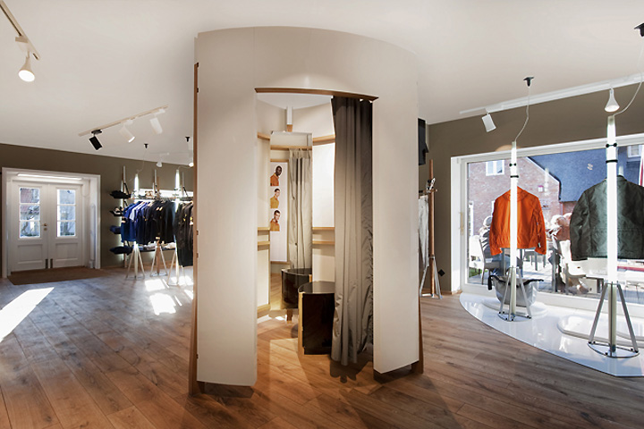 Stone island store sylt germany retail design blog for Designhotel sylt