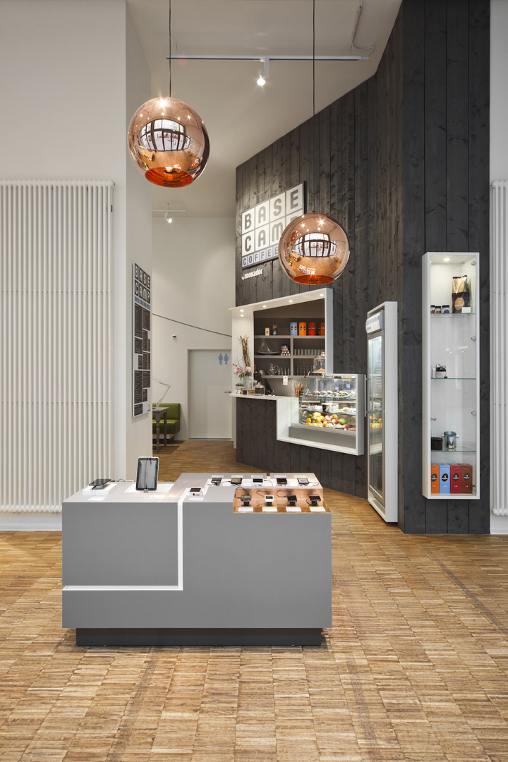 187 Base Camp Mobile Phone Shop Amp Caf 233 By Nest One Berlin