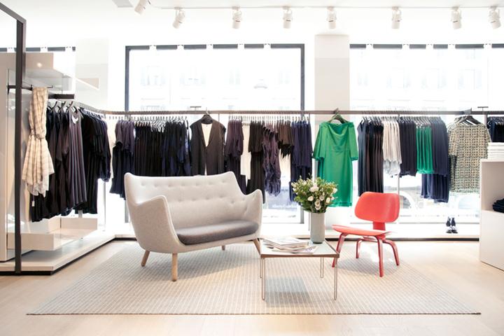 187 Cos Store Milan