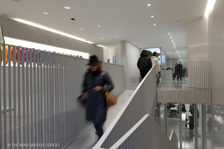 Duvetica shop by tadao ando architect associates milan for Milano design shop