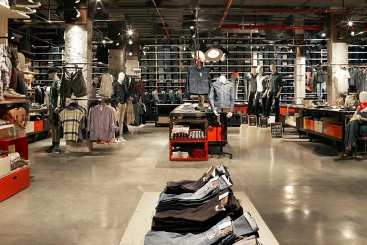 187 Levi S Flagship Store Paris