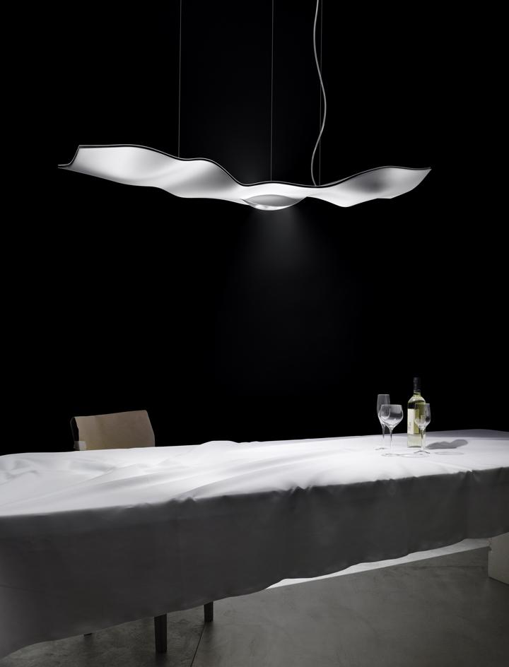 light building 2012 frankfurt luce volante light by. Black Bedroom Furniture Sets. Home Design Ideas