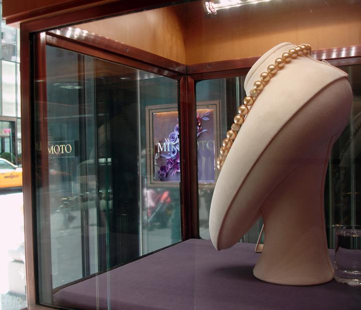 » Mikimoto Window Display Spring 2012 By JM Visuals, New York