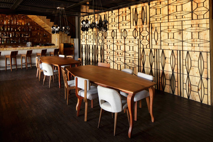 Porterhouse restaurant by alvint studio pantai indah for Interior design jakarta