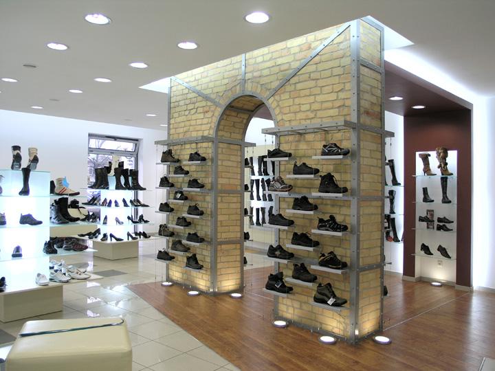 Top center shoe store by andrej semenchuk lutsk ukraine for Interior design for shoes shop