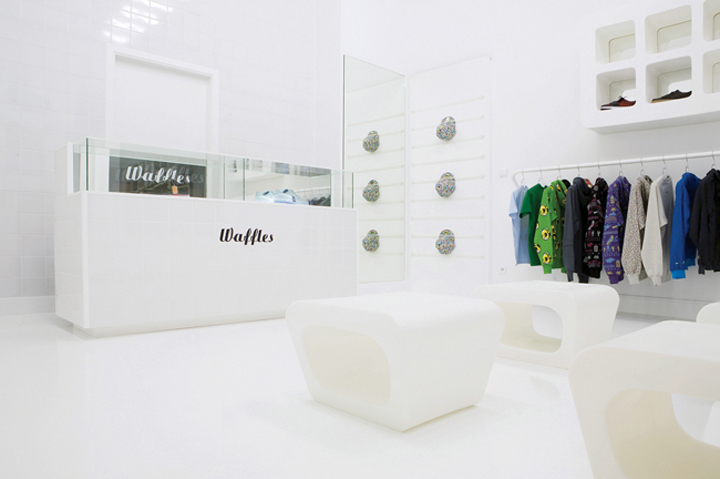 Amazing White Interior Design Retail Stores 720 x 479 · 182 kB · jpeg