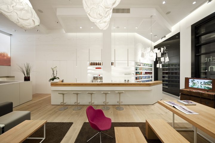 World Of TUI Travel Agency By NEST ONE Berlin Retail Design Blog - Tui furniture