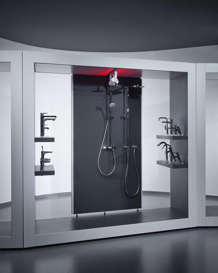 AquaMART Sanitary Showroom By FLÓ Architects, Budapest