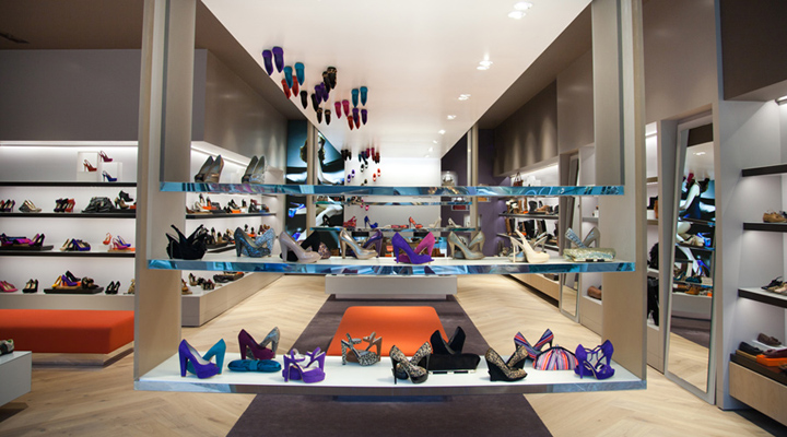 Shoe stores dune catwalk shoe store by four by two for Interior design for shoes shop