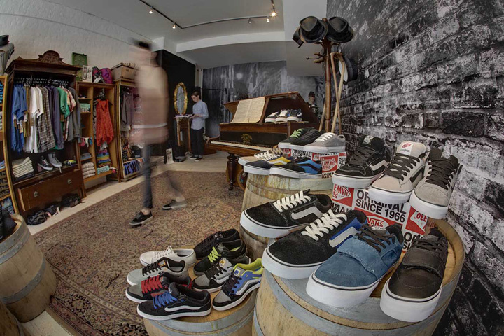 Vans pop-up store by Green Room, London » Retail Design Blog