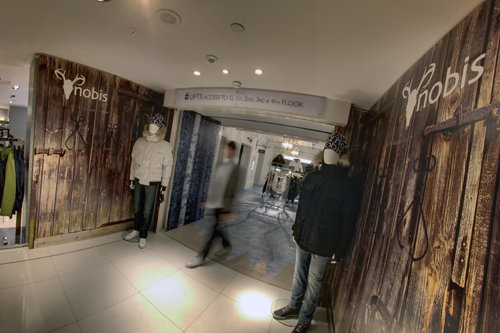 Nobis harrods visual merchandising green room london 07 for Green room retail