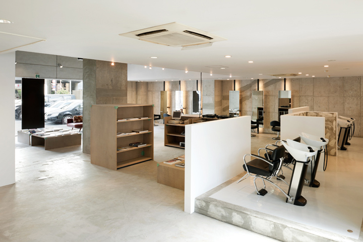 Vinyl s mix hair salon by sides core japan retail for Armoire salon design