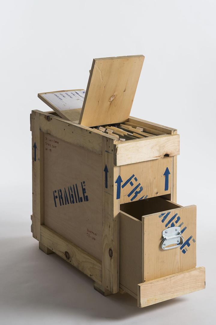shipping crate furniture. httpbloggessatocom20120618furnituremadefromrepurpousedshipping crates shipping crate furniture