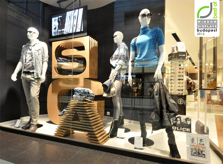 d9264bfcce00 GAS window displays Autumn 2012, Budapest