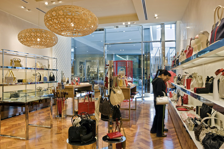 oroton factory outlet. Category. Handbags and Wallets All the products we sell are genuine Oroton and are source directly from Oroton Store. DO NOT BID if in doubt. Terms of sales Please do not bid if you are unable to pay. Please pay Less. More. Add to list. Price Alert.