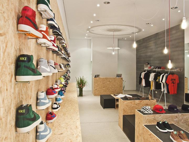 Suppa shoe store by dlf productdesign stuttgart retail for Designhotel stuttgart