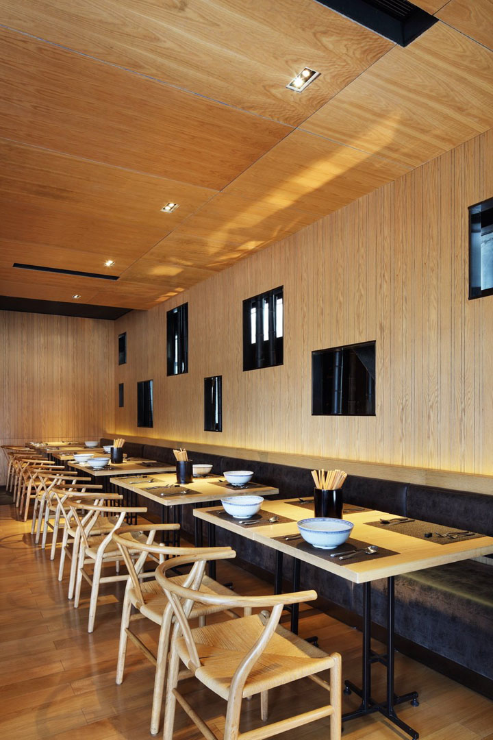 Taiwan noodle house 2 by golucci international design Design house international