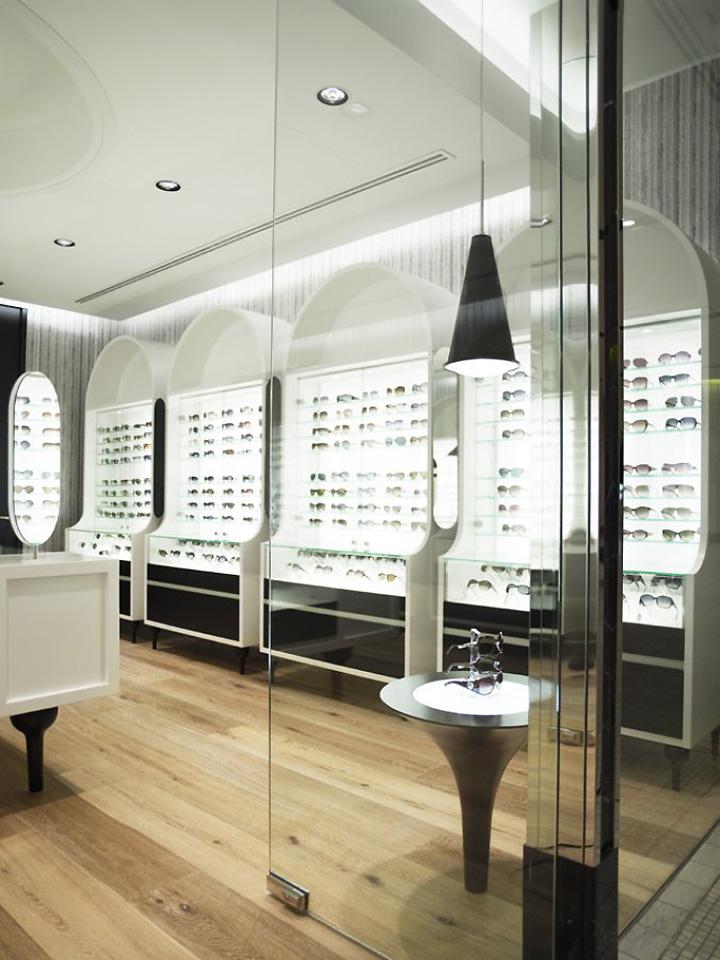 187 The Optometrist By Greg Natale Sydney