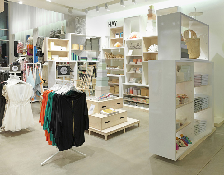 Vero moda flagship store by riis retail aarhus denmark retail design blog - Small retail space collection ...