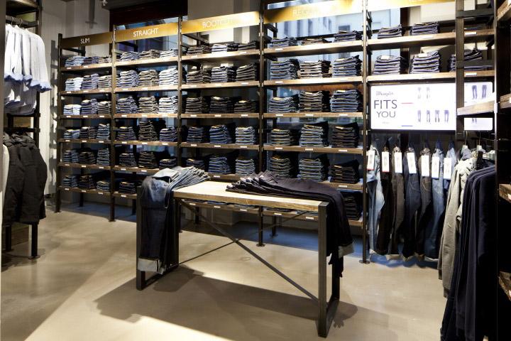 Wrangler store by Checkland Kindleysides, Leipzig » Retail Design Blog