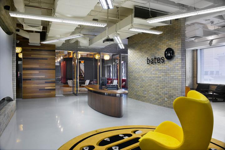 Bates 141 office by m moser associates jakarta retail for Office design jakarta