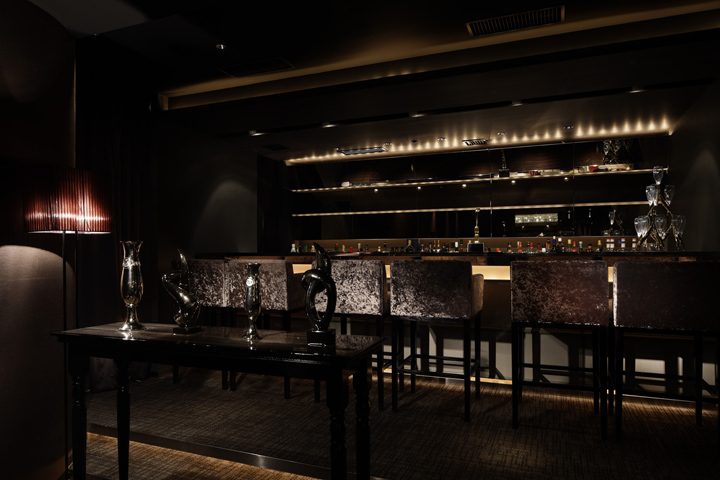 Cronus Private Bar By Doyle Collection Tokyo 187 Retail