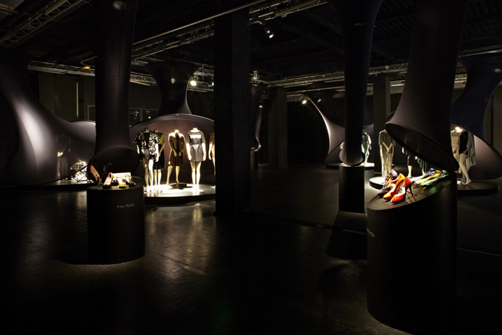 Fin noir exhibition by aino kavantera and federica - Federica naj oleari interior designer ...