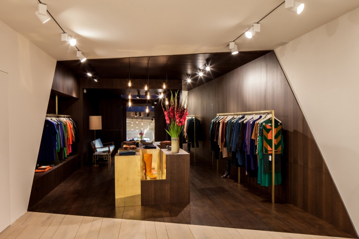 Garde-robe Nationale boutique by Dieter Vander Velpen, Antwerp ...