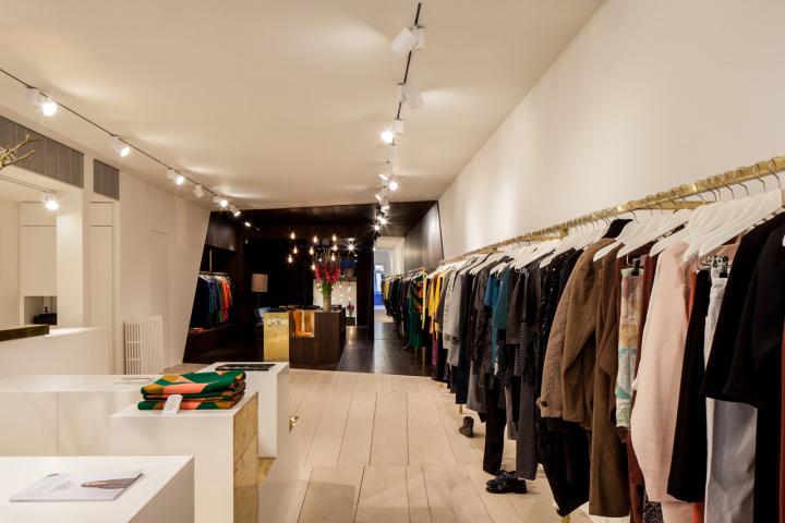 Garde-robe Nationale boutique by Dieter Vander Velpen, Antwerp ...