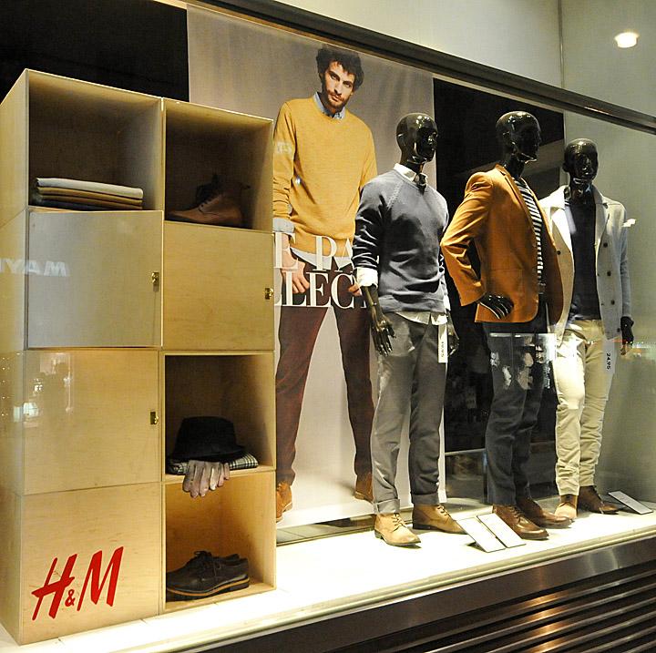 H Amp M Window Displays Autumn 2012 Vienna 187 Retail Design Blog