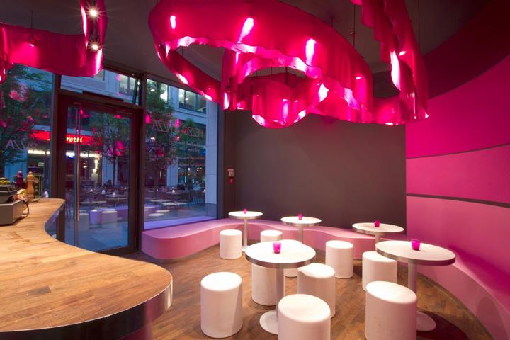 Pizza restaurant by designyougo berlin retail design