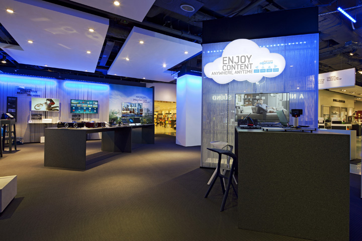 187 Samsung Shop In Shop At Selfridges By Dalziel And Pow