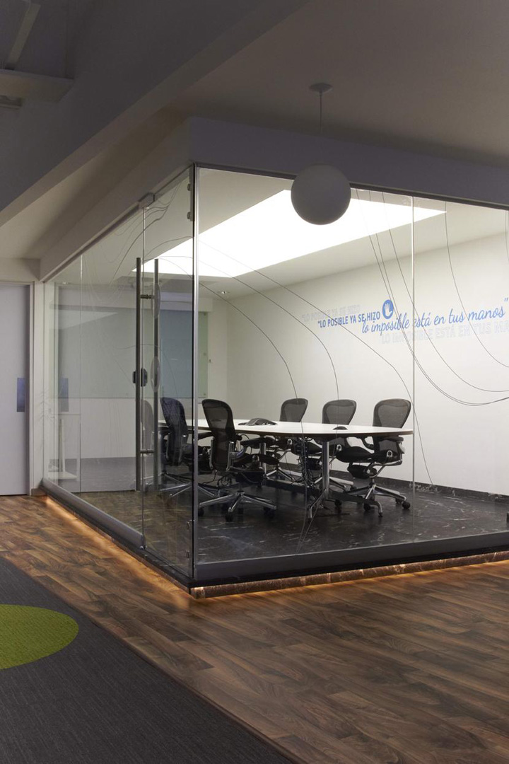 4e office by Oxigeno Arquitectura Mexico City Retail