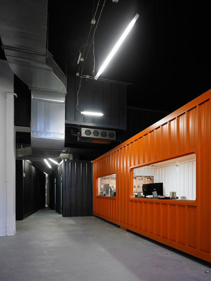 40 Shipping Container >> » Cargo containers in offices