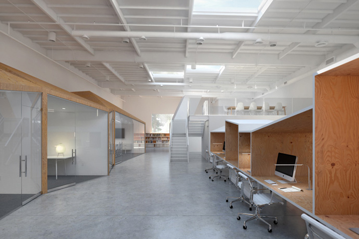 Hybrid office by edward ogosta architecture los angeles for Architecture hybride