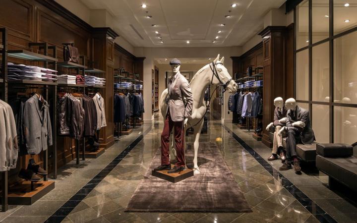 Massimo Dutti 187 Retail Design Blog