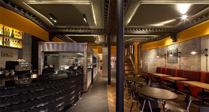 Nandos restaurante por restaurante BuckleyGrayYeoman Dundee 05 Nando por BuckleyGrayYeoman, Dundee Reino Unido