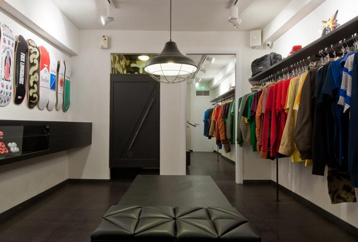 AYCE shop by Tasos Linardopoulos Athens 02 AYCE shop by Tasos Linardopoulos, Athens