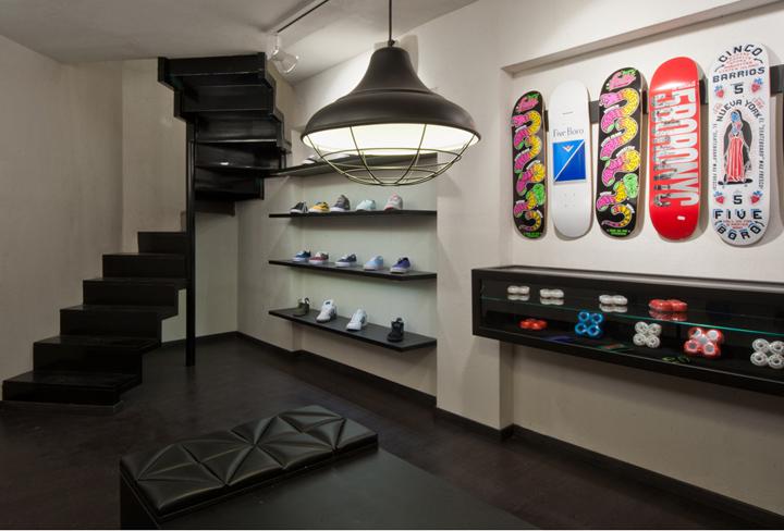 AYCE shop by Tasos Linardopoulos Athens 04 AYCE shop by Tasos Linardopoulos, Athens
