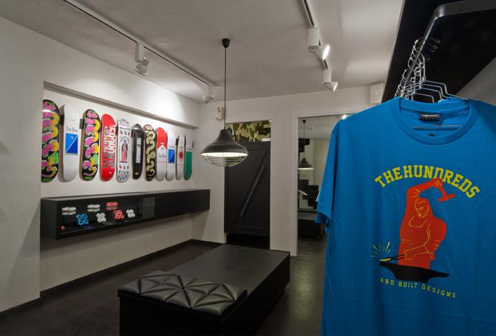 AYCE shop by Tasos Linardopoulos Athens 05 AYCE shop by Tasos Linardopoulos, Athens