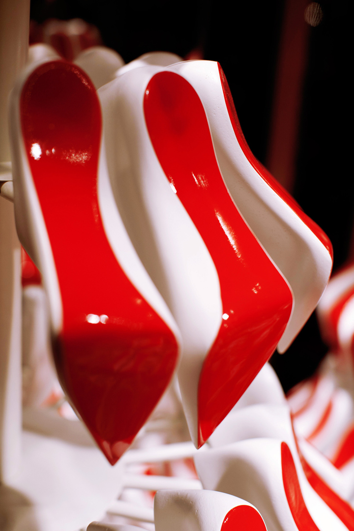 Christian Louboutins Christmas tree display 07 Christian Louboutins Christmas tree display by StudioXAG