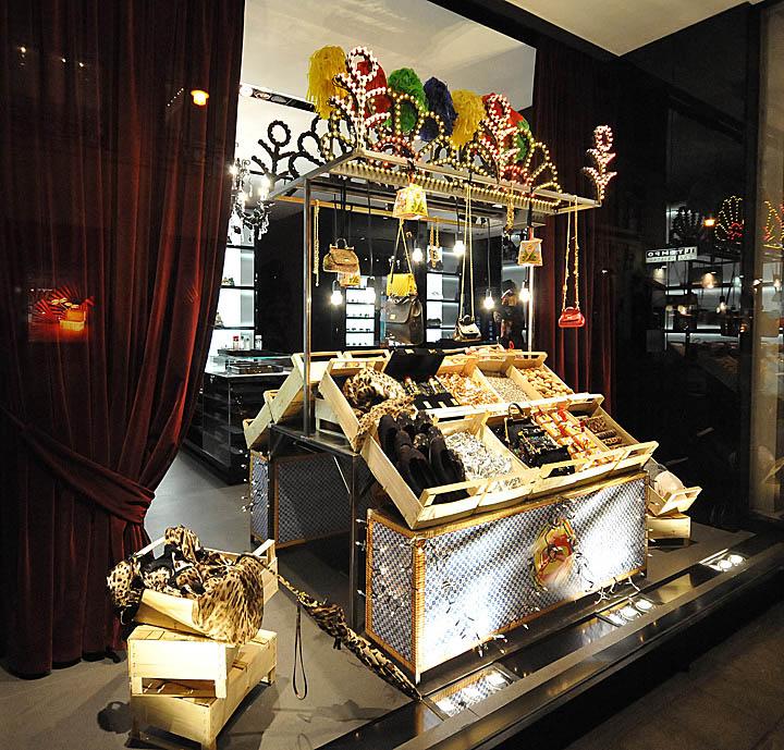 dolce&gabbana的圣诞橱窗2012维也纳02杜嘉班纳圣诞橱窗2012年,维也纳