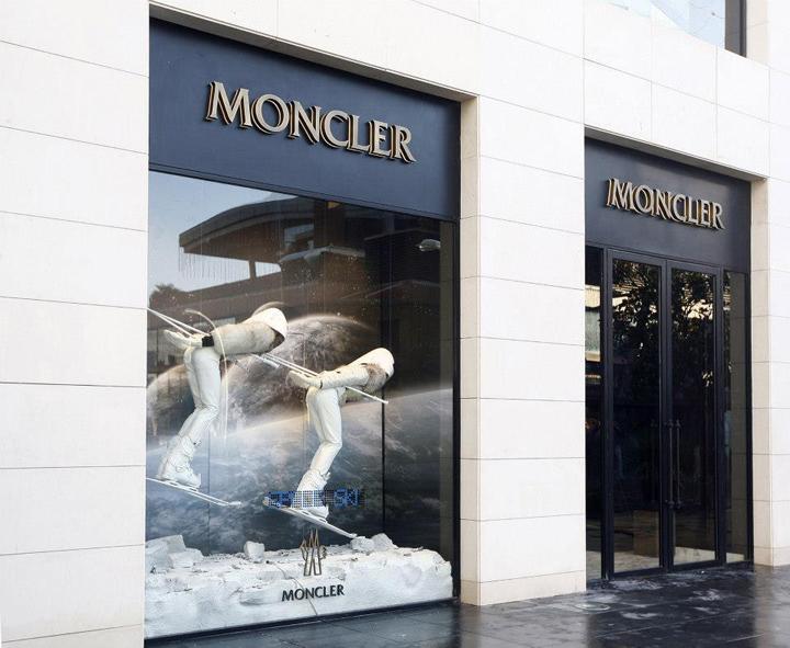 moncler istanbul address