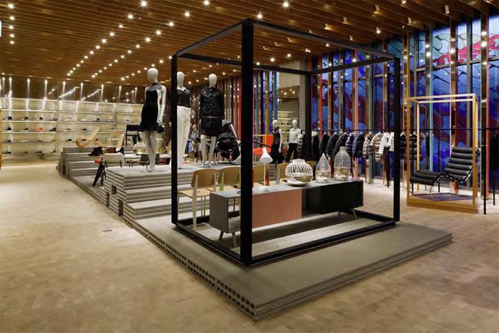 Juice bar retail design blog for Retail space design