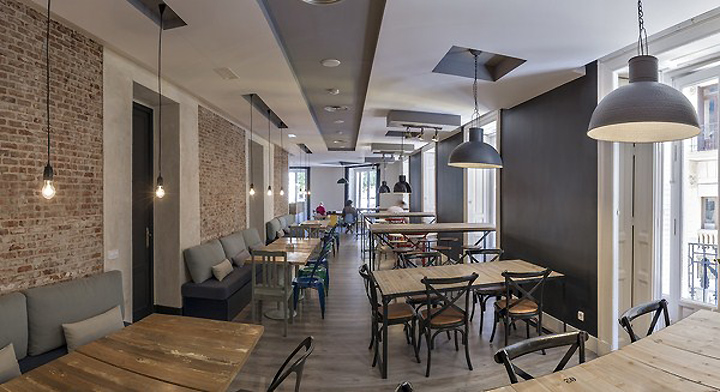 U hostel madrid retail design blog for Muebles low cost madrid