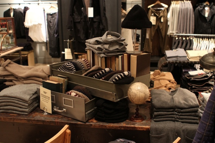 club monaco s shop toronto 187 retail design