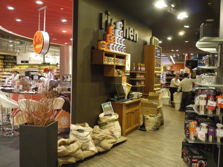 Edeka supermarket Dusseldorf Edeka supermarket, Düsseldorf   Germany