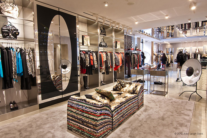 Just cavalli flagship store milan retail design blog for Industrial designer milano