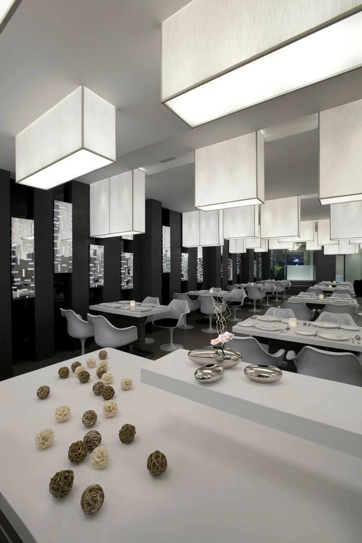 Mezban restaurant by collaborative architecture calicut