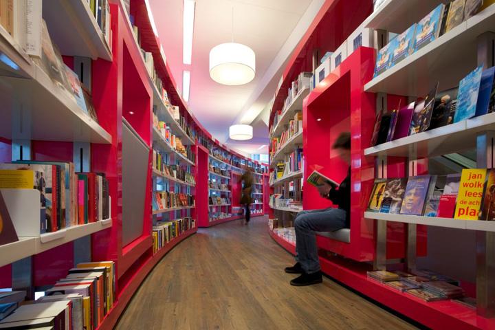 Дизайн книжных магазин